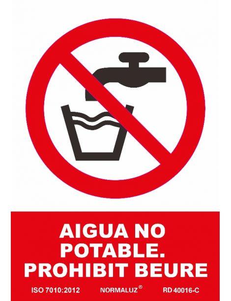 SEÑAL PROHIBIT BEURE, AIGUA NO POTABLE