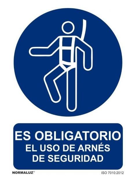 Señal Es obligatorio el uso de arnés de seguridad