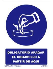 Señal Obligatorio apagar el cigarrillo a partir de aquí