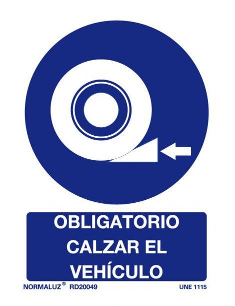 Señal Obligatorio calzar el vehículo